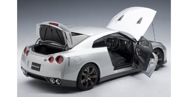 Autoart 12216 Nissan Gt R R35 Premium Edition Ultimate Silver 1 12