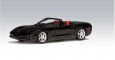 Chevrolet Corvette convertible1998 Black 1:64 AUTOart 20151