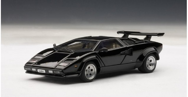 autoart 54532 lamborghini countach 5000s black 1 43. Black Bedroom Furniture Sets. Home Design Ideas