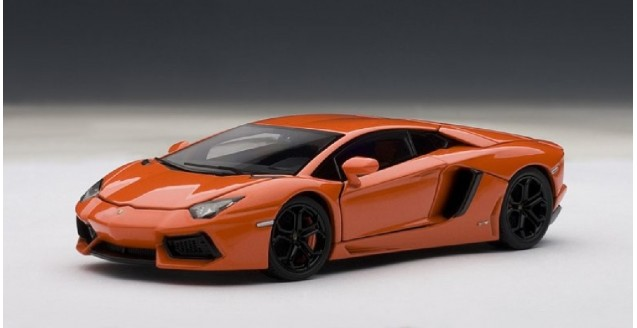 Lamborghini Aventador Orange >> Lamborghini Aventador Lp700 4 Orange 1 43 Autoart 54647