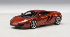 McLaren MP4-12C Red 2011 1:43 AUTOart 56008