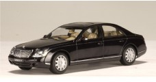 Maybach Swb Caspian Black Chromaflair 1:43 AUTOart 56152