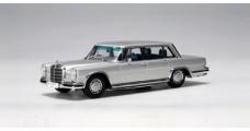 Mercedes TYP 600 SWB Silver 1:43 AUTOart 56191