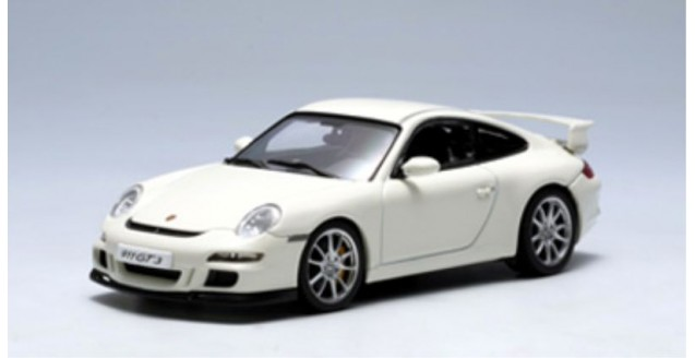 Porsche 911 (997) GT3 White 1:43 AUTOart 57908