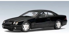 Mercedes CL 600 Black 1:18 AUTOart 70112