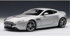 Aston Martin V12 Vantage Silver 1:18 AUTOart 70206