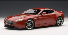 Aston Martin V12 Vantage Red 1:18 AUTOart 70208