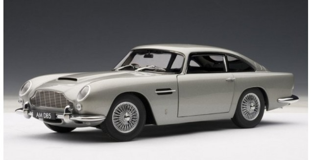 Aston Martin DB5 Silver 1:18 AUTOart 70211 ...