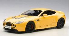 Aston Martin V12 Vantage S 2015 Yellow 1:18 AUTOart 70252