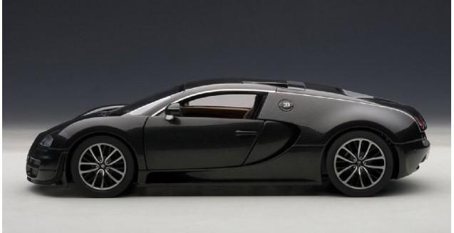 AUTOart 70937 Bugatti Veyron Super Sport Carbon Black 1:18