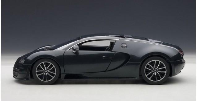 Autoart 70938 Bugatti Veyron 16 4 Super Sport Dark Blue 1 18