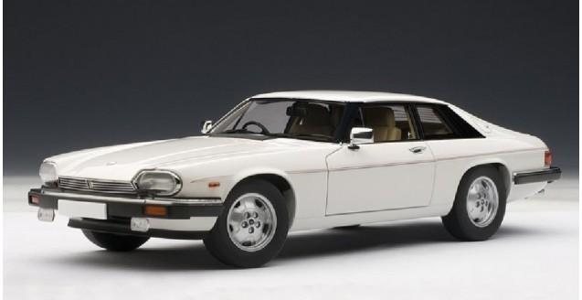 Jaguar XJ-S AUTOart Coupe White 1:18  AUTOart 73576