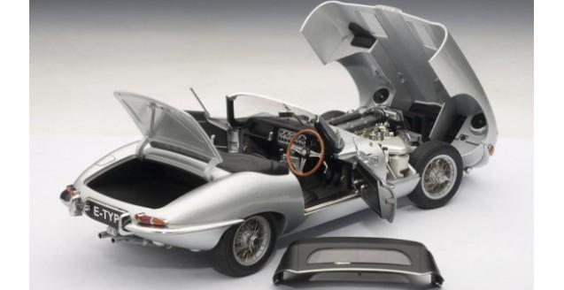 Autoart Jaguar E Type 1 18 Roadster Series 1 Silver