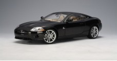 Jaguar XK 2006 Coupe Black 1:18 AUTOart 73632