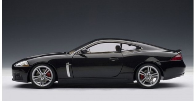 ... Jaguar XKR Coupe Black 1:18 AUTOart 73634 ...