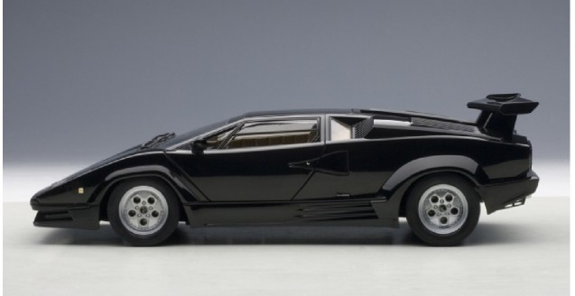 autoart 74539 lamborghini countach 25th anniversary black 1 18. Black Bedroom Furniture Sets. Home Design Ideas