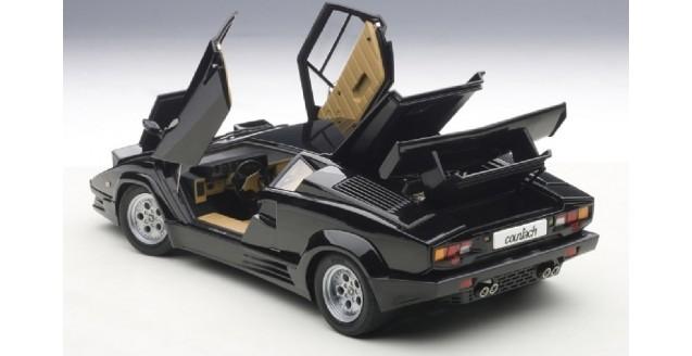 Autoart 74539 Lamborghini Countach 25th Anniversary Black 1 18