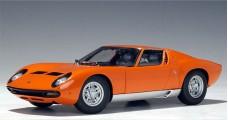 Lamborghini Miura SV Orange 1:18 AUTOart 74542
