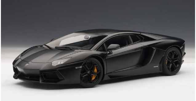 Autoart 74661 Lamborghini Aventador Lp700 4 Matt Black 1 18