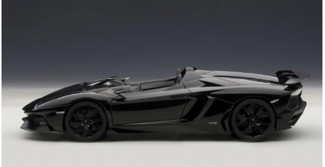 Autoart 74676 Lamborghini Aventador J Black 1 18