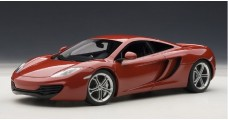 Mclaren MP4-12C Met Red 1:18 AUTOart 76008