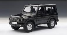 Mercedes-Benz G wagon 90S SWB Black 1:18 AUTOart 76111