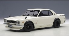 Nissan Skyline GT-R KPGC10 Tuned Version White 1:18 AUTOart 77442