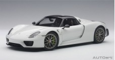 Porsche 918 Spyder WEISSACH PACKAGE Gloss White 2013 1:18 AUTOart 77926