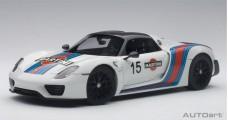 Porsche 918 Spyder WEISSACH PACKAGE White Martini 2013 1:18 AUTOart 77927