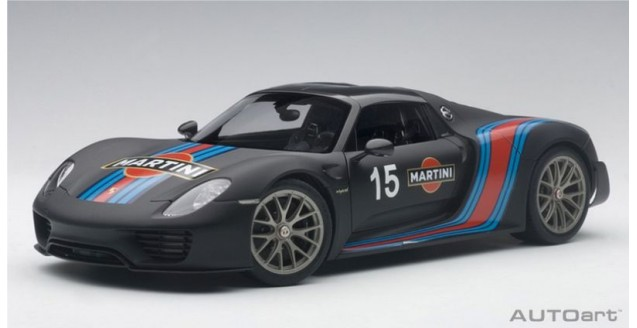 Porsche 918 Spyder Weissach Package 2013 Matt Black 1:18  AUTOart 77929