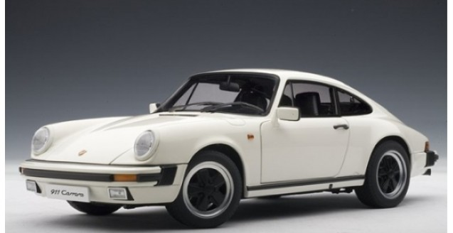 autoart 78012 porsche 911 carrera 3 2 coupe white 1 18. Black Bedroom Furniture Sets. Home Design Ideas