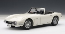 Toyota 2000 GT Cabriolet White 1967 1:18 AUTOart 78736
