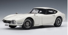 Toyota 2000 GT Coupe White 1:18 AUTOart 78747