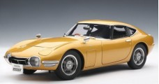 Toyota 2000 GT Coupe Gold 1:18 AUTOart 78749