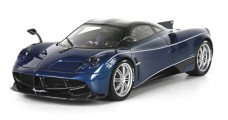Pagani Dinastia 2015 Special China Version Blue / Carbon Fibre with Display 1:18 BBR Models BBR P18126C