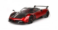 Pagani Huayra BC Fire Red with Case 1:18 BBR Models BBR P18128RF