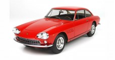 Ferrari 330 GT 2+2 SN 5731 1965 with display Red 1:18  BBR Models BBR1832V