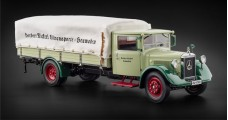 CMC Mercedes-Benz LO 2750 Truck with tarpaulin 1933-1936 1:18 CMC M-170