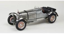 CMC Mercedes-Benz SSK 1928-1930, Clear Finish showcase 1:18 CMC M-209