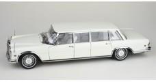 "CMC Mercedes-Benz 600 Pullman ""White Swan"" 1:18 CMC M-215"