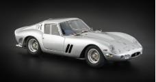 Ferrari 250 GTO 1962 Silver 1:18 CMC M151