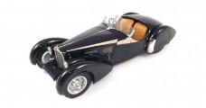 Bugatti 57 SC Corsica 1938 Roadster Blue 1:18 CMC M106