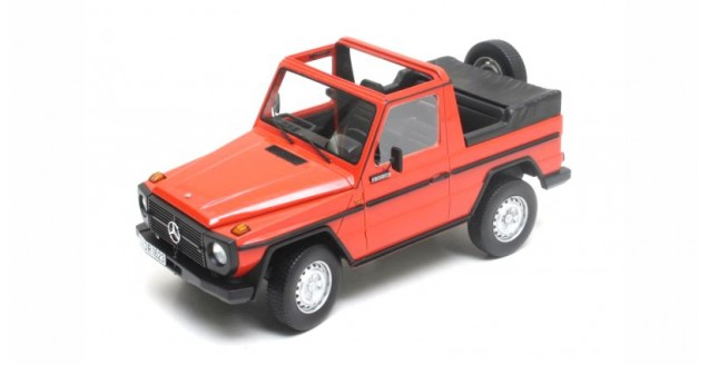 Mercedes-Benz G-Klasse Cabriolet (W460) 1979 Red 1:18 Cult Scale Models CML025-1