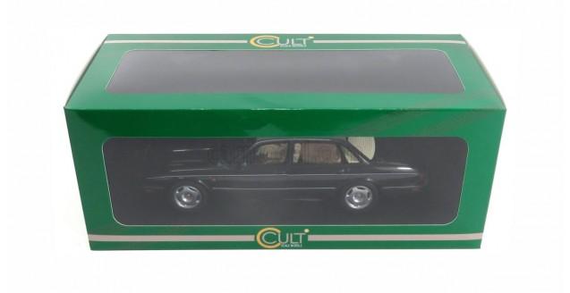 Jaguar XJR X300 1995 Dark Green 1:18 Cult Scale Models CML052-2