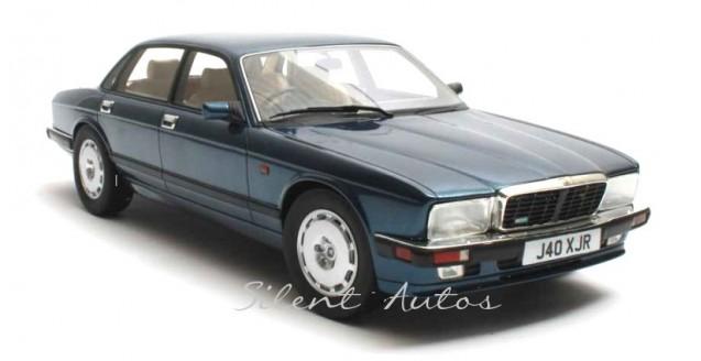 Jaguar XJR XJ40 1990 Blue met Cult Scale Models CML007-3