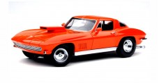 Corvette Sting Ray 1967 Moroso Drag Racer Coupe Monaco Orange 1:18 Exoto MTB00017