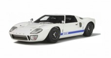 Ford GT40 MKI White / Blue stripes 1:18 GT Spirit  GT131