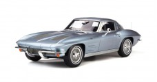 Chevrolet Corvette 1963 Silver Blue Metallic 1:12 GT Spirit GT183