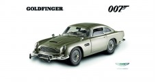 Aston Martin DB5 James Bond Goldfinger 1964 Grey Silver 1:43 Hot Wheels CMC95