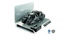 The Dark Kight Trilogy Batmobile with authentic BATMAN movie cape material Black 1:18 Hot Wheels BCJ99
